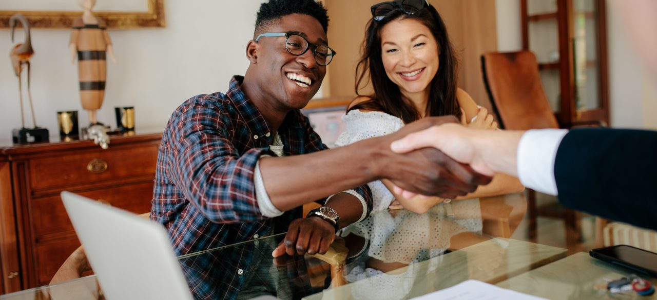 Home buying agent vs. real estate attorney