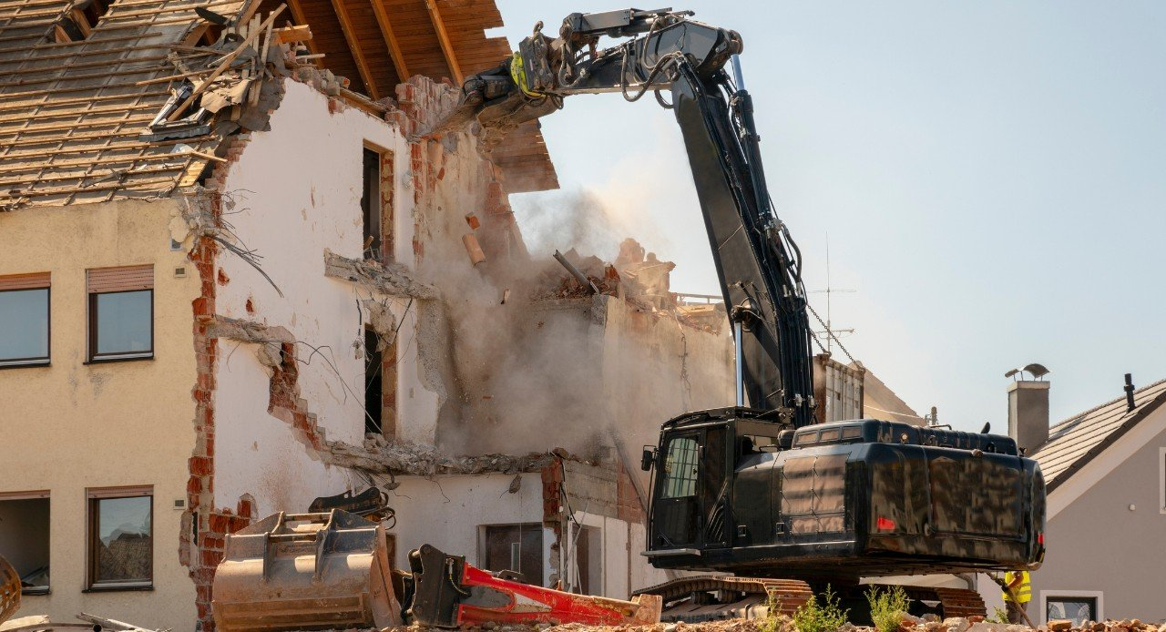 Destruction of residential house for public use
