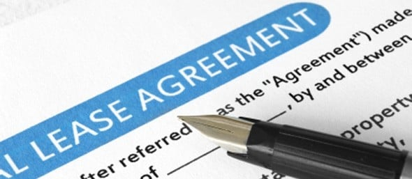 Lease agreement with pen: Breaking a lease for a job